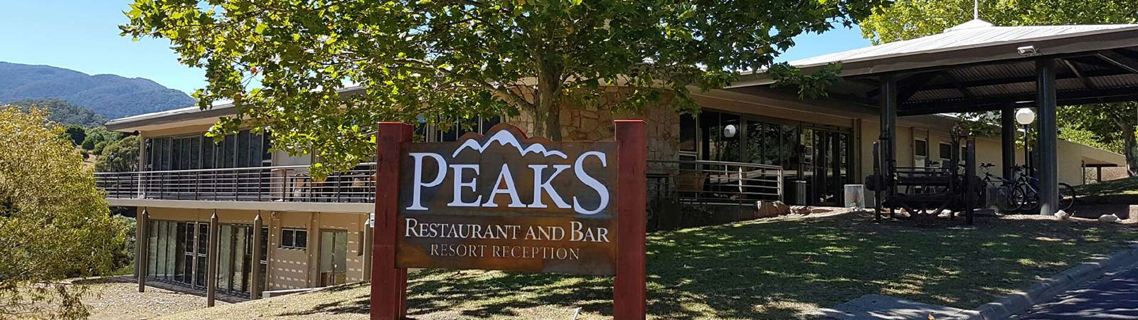 Peaks Restaurant at The Sebel Pinnacle Valley Resort